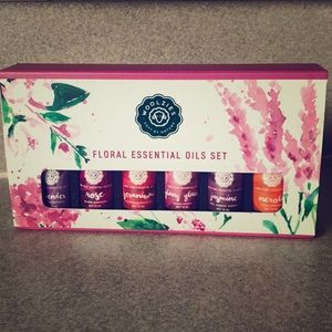 Floral Pure Essential Oils